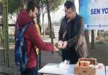 Soma'da öğrencilere sıcak çorba dağıtıldı