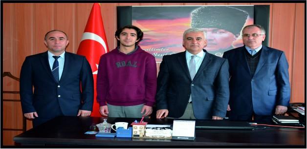 Soma Öğrenci Temsilcisi Aslan Manisa 'ya da aday oldu