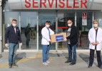 DEMİREXPORT'TAN SİPERLİ MASKE VE ENTÜBASYON KABİNİ DESTEĞİ