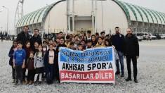 Fikri Akay Ortaokulu Öğrencileri  Akhisarspor- Osmanlıspor maçını izledi