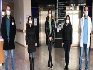 SOMA DEVLET HASTANESİ SAĞLIK ÇALIŞANLARINA DESTEK DEVAM EDİYOR