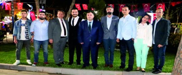 Canım Türkiye'm Şarkısını Memleketi Kınık'ta Tanıttı