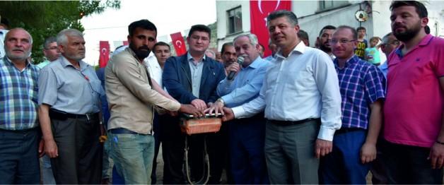 Özkan, Kırkağaç'ta temel atma törenine katıldı