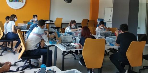 """""""Soma Kendin Yap Projesi""""  faaliyetleri devam ediyor."""