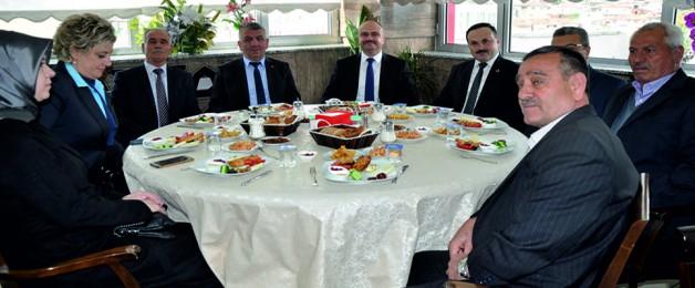 """Mersinli; """"Ergün'ün Belediyecilik Anlayışına Bu Seçimlerde Son Vereceğiz"""""""