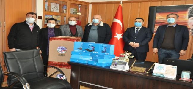 SOMA TSO'DAN ÖĞRENCİLERE TABLET DESTEĞİ