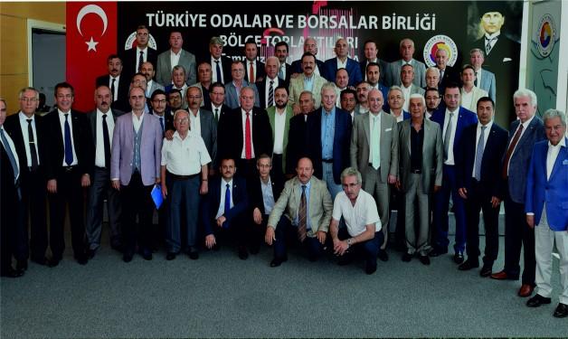 Soma TSO Yönetim Kurulu Başkanı Hakan Işık TOBB Başkanı Hisarcıklıoğlu ile bir araya geldi