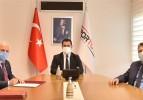 Bakan Kasapoğlu'na Somaspor forması hediye edildi