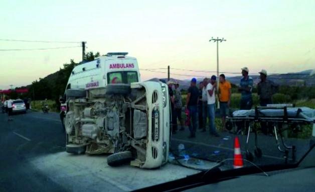 Kazada 5'i çocuk 11 kişi yaralandı